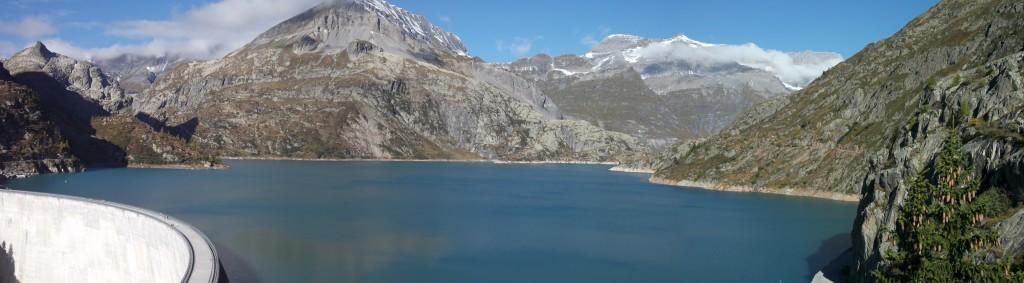 Panorama du barrage d'Emosson source Wikipedia auteur Amaury10